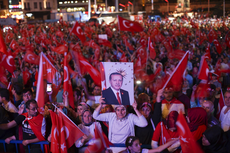 Referandum: Milli Irade Kazandı